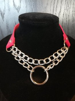 Rode Collar met Ketting en Ring